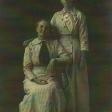 Emma Wood Grisamer and daughter Hazel